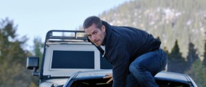 Brian (PAUL WALKER) makes his move in ?Furious 7?.  ©Universal Studios.