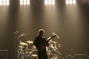 Andy Summers guitar solo during The Police Reunion Tour 2007/08. ©The Poilice.