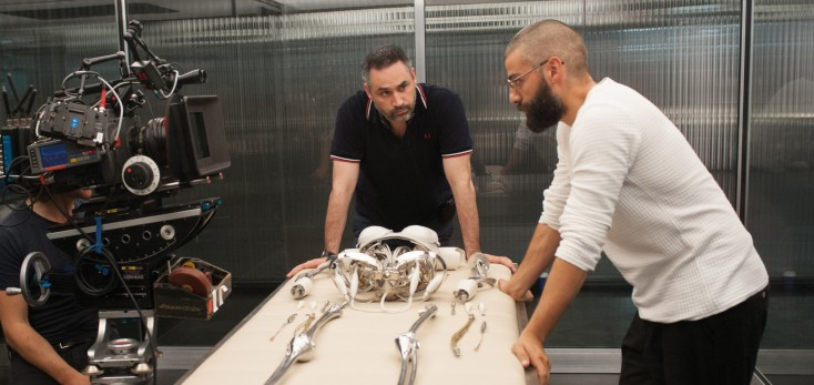 Photos: Alex Garland Makes Directorial Debut with 'Ex Machina'