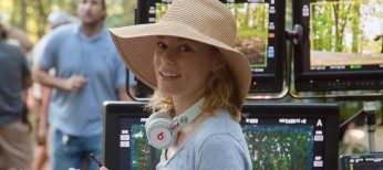 Elizabeth Banks Wears Two Hats in 'Pitch Perfect' Sequel