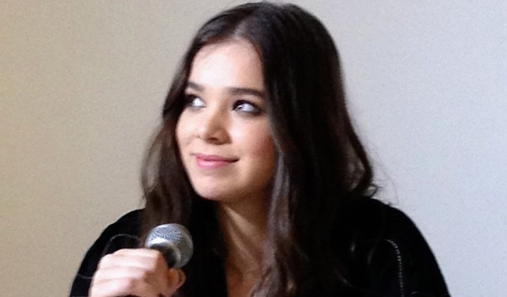 Steinfeld Has Comedy in her Sights with 'Barely Lethal'