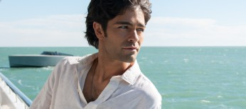 Adrian Grenier Takes Vince to the Movies