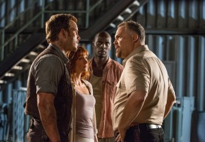 (L to R) Owen (CHRIS PRATT), Claire (BRYCE DALLAS HOWARD) and Barry (OMAR SY) try and talk sense into Hoskins (VINCENT D'ONOFRIO) in JURASSIC WORLD. ©Universal Studios/Amblin Entertainment. CR: Chuck Zlotnick.