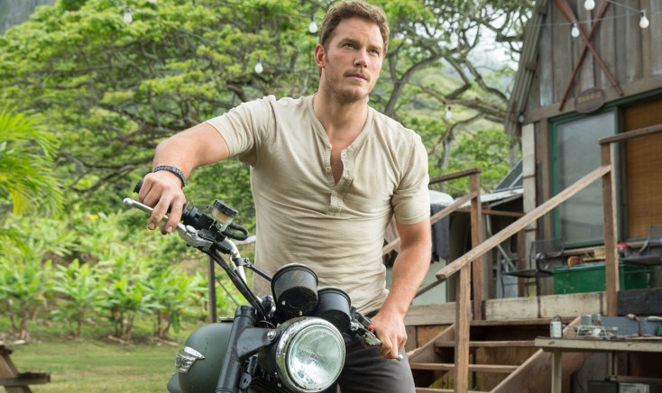Chris Pratt is the Raptor Whisperer in 'Jurassic World'