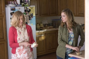(l-r) Frances Conroy as Janice, Judy Greer as Lina in MARRIED. ©FX Network.  CR: Prashant Gupta/FX