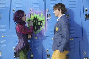 (l-r) Dove Cameron and Mitchell Hope star in the DESCENDANTS - ©Disney Channel/Jack Rowand.
