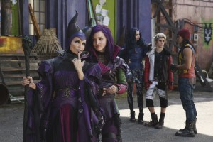(;;-r) Kristin Chenoweth, Dove Cameron, Sofia Carson, Cameron Boyce and Booboo Stewart sar in the DESCENDANTS. ©Disney Enterprises. CR: Jack Rowand.
