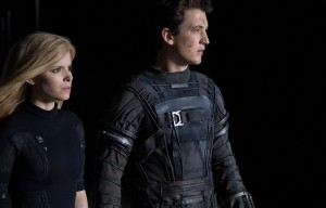 Reed Richards (Miles Teller) and Sue Storm (Kate Mara) harness their daunting new abilities to save Earth from a former friend turned enemy in FANTASTIC FOUR. ©20th Century Fox. CR: Alan Markfield