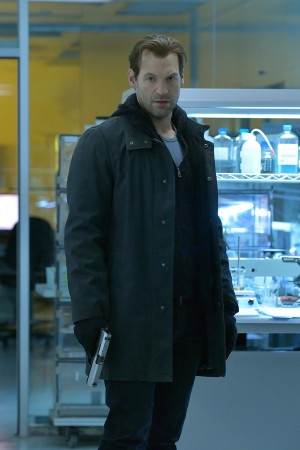 Corey Stoll as Ephraim Goodweather in THE STRAIN. ©FX Network. CR: Michael Gibson/FX