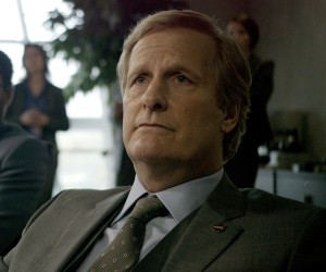 Jeff Daniels is a NASA administrator who closely monitors the fate of an astronaut stranded on Mars in THE MARTIAN. ©20th Century Fox.