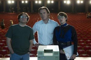 (L to R) Andy Hertzfeld (MICHAEL STUHLBARG), Steve Jobs (MICHAEL FASSBENDER) and Joanna Hoffman (KATE WINSLET) in STEVE JOBS. ©Universal Studios. CR: Francois Duhamel.