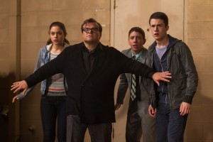 (l-r) Odeya Rush, Jack Black, Ryan Lee and Dylan Minnette star in Columbia Pictures' GOOSEBUMPS. ©CTMG. CR: Hopper Stone/SMPSP.