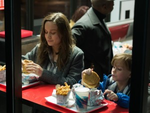 Brie Larson and Jacob Tremblay star in ROOM. ©A24 Films. CR: George Kraychyk.