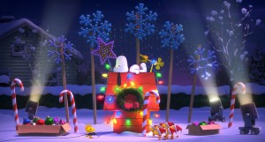 Snoopy and Woodstock relax during the holidays. ©Twentieth Century Fox & Peanuts Worldwide LLC