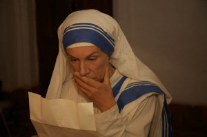 Juliet Stevenson stars as Mother Teresa in THE LETTERS: THE EPIC LIFE STORY OF MOTHER TERESA. ©Freestyle Releasiing. CR: Freda Eliot-Wilson.