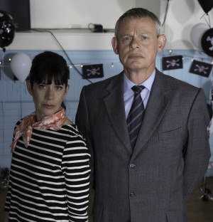 Caroline Catz and Martin Clunes stars in DOC MARTIN: SERIES 7. ©Acorn. CR: Neil Genower.