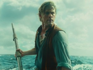 Chris Hemsworth stars in IN THE HEART OF THE SEA. ©Warner Bros. Entertainment.