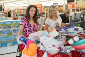 (l-r_ Tiny Fey and Amy Poehler star in SISTERS. ©Universal Picctures. CR: K.C. Bailey.