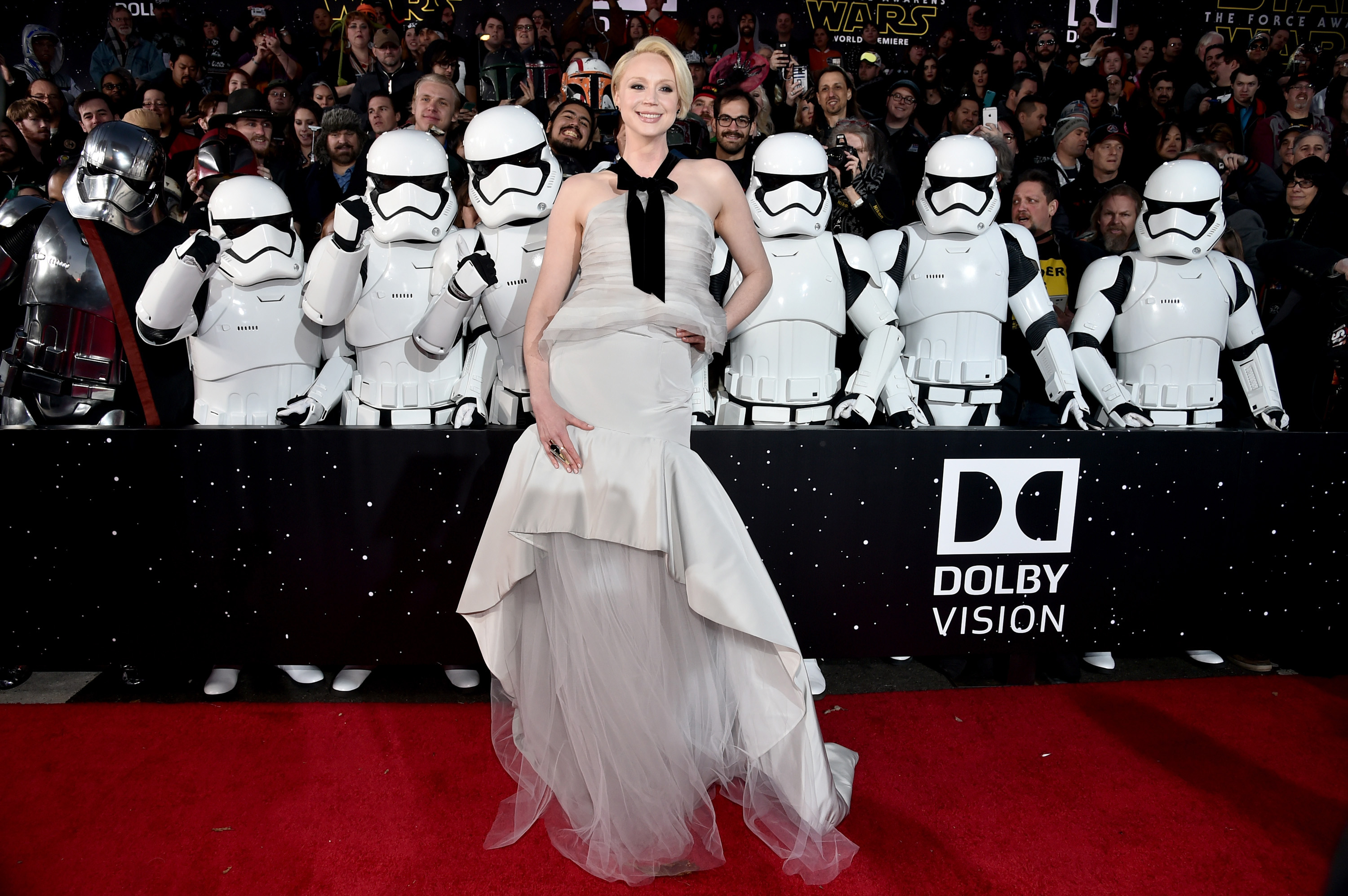 Gwendoline Christie Towers As Phasma In Star Wars The Force