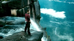 Edgar Ramirez as Bodhi in POINT BREAK. ©Warner Bros. Entertainment.