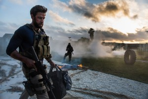 John Krasinski plays Jack Silva in 13 HOURS: THE SECRET SOLDIERS OF BENGHAZI. ©Paramount Pictures. CR: Christina Black.