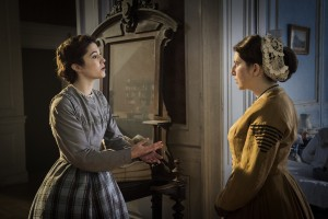 (l-r) Nurse Mary Phinney (Mary Elizabeth Winstead) and Nurse Anne Hastings (Tara Summers) in MERCY STREET. ©PBS. CR: Antony Platt.