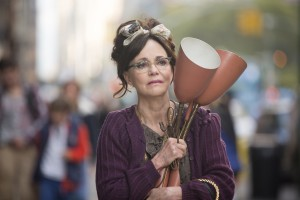 Sally Fields stars in HELLO, MY NAME IS DORIS. ©Roadside Attractions. CR: Seacia Pavao.