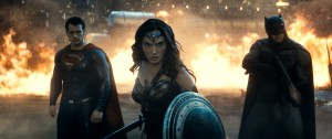 (l-r) Henry Cavill as Superman, Gal Gadot as Wonder Woman and Ben Affleck as Batman in BATMAN V SUPERMAN: DAWN OF JUSTICE. ©Warner Bros. Entertainment.