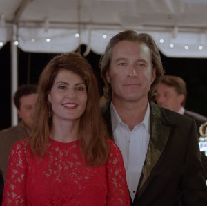 Toula (NIA VARDALOS) and Ian (JOHN CORBETT) are back in MY BIG FAT GREEK WEDDING 2. ©Universal Studios.