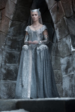EMILY BLUNT as the Ice Queen Freya in the story that came before Snow White, THE HUNTSMAN: WINTER'S WAR. ©Universal Studios. CR: Giles Keyte.