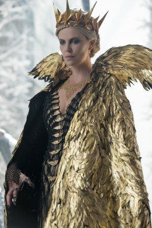 Oscar® winner CHARLIZE THERON as the Evil Queen Ravenna in the story that came before Snow White, THE HUNTSMAN: WINTER'S WAR. ©Universal Studios. CR: Giles Keyte.