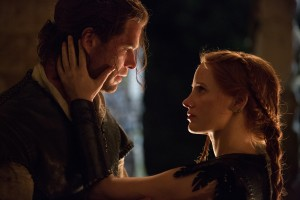 Eric the Huntsman (CHRIS HEMSWORTH) grows closer to Sara (JESSICA CHASTAIN) in the story that came before Snow White, THE HUNTSMAN: WINTER'S WAR. ©Universal Studios. CR: Giles Keyte.