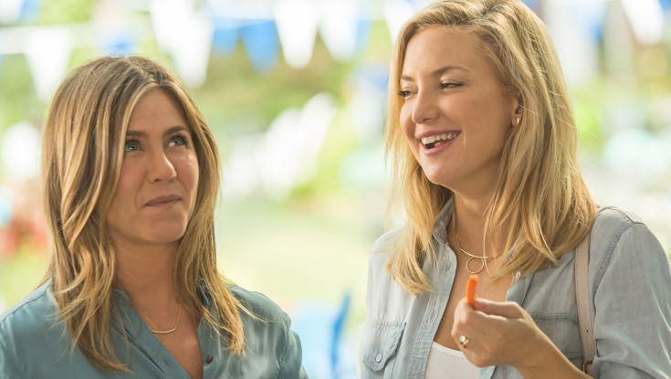 Photos: Jennifer Aniston Sidesteps the Obvious with 'Mother's Day'