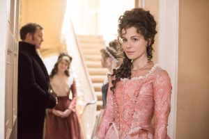 Kate Beckinsale stars in LOVE & FRIENDSHIP. ©Amazon Studios/Roadside Attractions. CR: Bernard Walsh.
