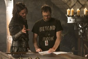 (L to R) TRAVIS FIMMEL and director DUNCAN JONES on the set of WARCRAFT. ©Universal Pictures / Legendary Pictures / ILM. CR: Doane Gregory.