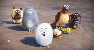 (L to R) Mel (BOBBY MOYNIHAN), Chloe (LAKE BELL), Gidget (JENNY SLATE), Norman (CHRIS RENAUD), Tiberius (ALBERT BROOKS), Sweetpea and Buddy (HANNIBAL BURESS) in Illumination Entertainment and Universal Pictures' THE SECRET LIFE OF PETS. ©Illumination Entertainment/Universal Pictures.