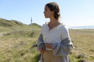 Oscar (TM) winner Alicia Vikander stars as Isabel Sherbourne in DreamWorks Pictures' poignant drama THE LIGHT BETWEEN OCEANS. ©Dreamworks. CR: Davi Russo.