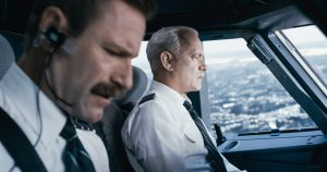 "(L-r) AARON ECKHART as Jeff Skiles and TOM HANKS as Chesley ""Sully"" Sullenberger in Warner Bros. Pictures' and Village Roadshow Pictures' drama ""SULLY."" ©Warner Bros. Entertainment."