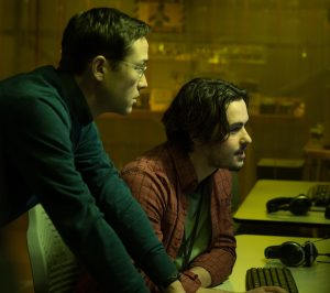 (Left to right) Joseph Gordon-Levitt as Edward Snowden and Ben Schnetzer as Gabriel Sol in Academy Award® winning director Oliver Stone's international thriller SNOWDEN. ©Open Road Films. CR: Jürgen Olczyk.