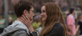 Photos: Joseph Gordon-Levitt Depicts Controversial Figure in 'Snowden'