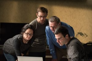(l-r) Melissa Leo as Laura, Joseph Gordon Levitt as Edward, Tom Wilkinson as Ewen and Zachary Quinto as Glenn in Oliver Stone's SNOWDEN. ©Open Road Films. CR: Jürgen Olczyk.
