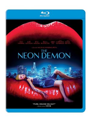 THE NEON DEMON. (DVD Artwork). ©Broadgreen.