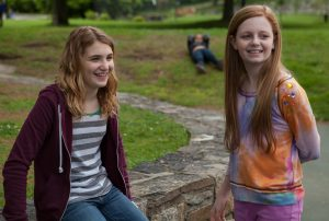 Gilly Hopkins (Sophie Nélisse, left) and Agnes (Clare Foley, right) in THE GREAT GILLY HOPKINS. ©Lionsgate Premiere.