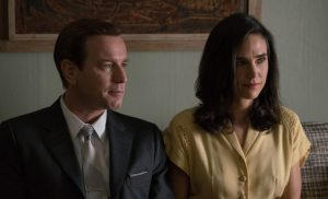 Swede Levov (Ewan McGregor) and Dawn Dwyer Levov (Jennifer Connelly) in AMERICAN PASTORAL. ©Lionsgate. CR: Richard Foreman Jr.
