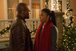 Malachi (OMAR EPPS) reconnects with Rachel (GABRIELLE UNION) and the rest of the family in ALMOST CHRISTMAS. ©Universal Studios. CR: Quantrell D. Colbe.