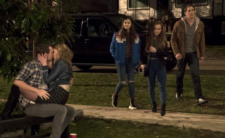 Photos: Hailee Steinfeld Gets Awkward in 'Edge of Seventeen'