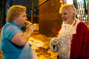 (l-r) Brett Kelly stars as Thurman Merman and Billy Bob Thornton as Willie Soke in BAD SANTA 2, ©Jan Thijs / Broad Green Pictures / Miramax