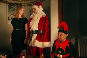 (l-r) Christina Hendricks stars as Diane, Billy Bob Thornton as Willie Soke and Tony Cox as Marcus Skidmore in BAD SANTA 2. ©Jan Thijs | Broad Green Pictures / Miramax