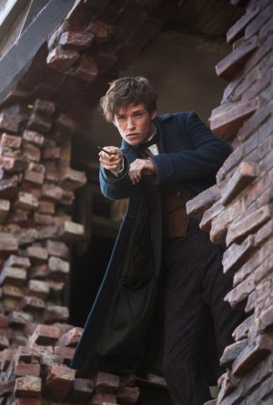 Eddie Redmayne as Newt Scamander in FANTASTIC BEASTS AND WHERE TO FIND THEM. ©Warner Bros. Entertainment/Ratpac-Dune Entertainment. CR: Jaap Buitendijk.