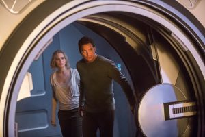 (l-r) Jennifer Lawrence and Chris Pratt star in Columbia Pictures' PASSENGERS. ©Columbia Pictures. CR: Jaimie Trueblood.